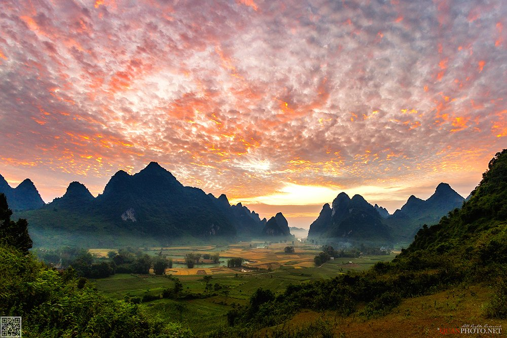 quanphoto, landscapes, morning, glory, sunrise, dawn, mountains, rice, valley, river, dramatic, sky, vietnam, quanphoto