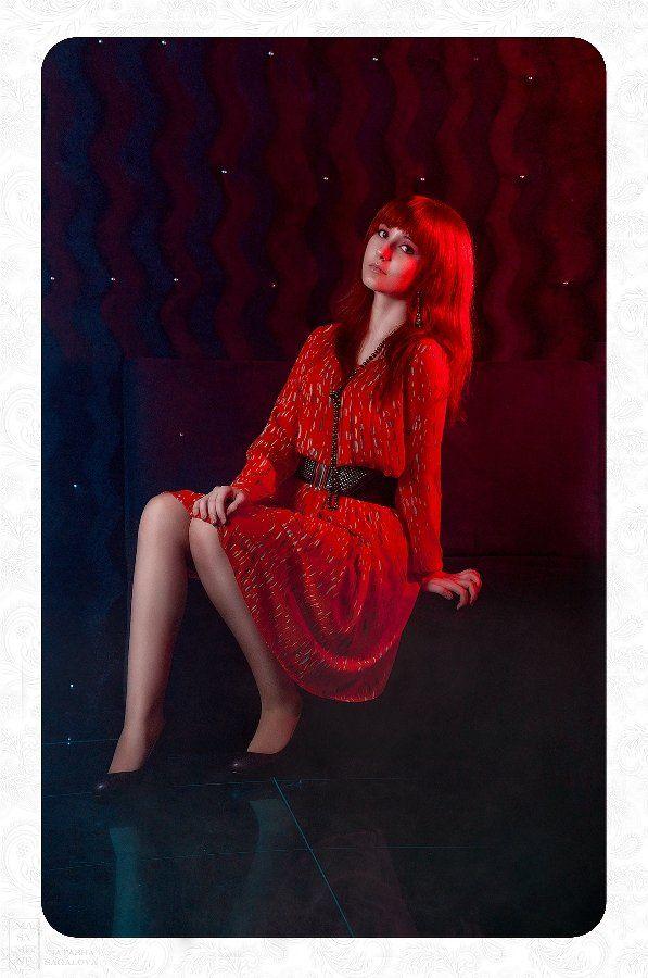 девушка,портрет,красный,синий,студия, Сагалова Наташа