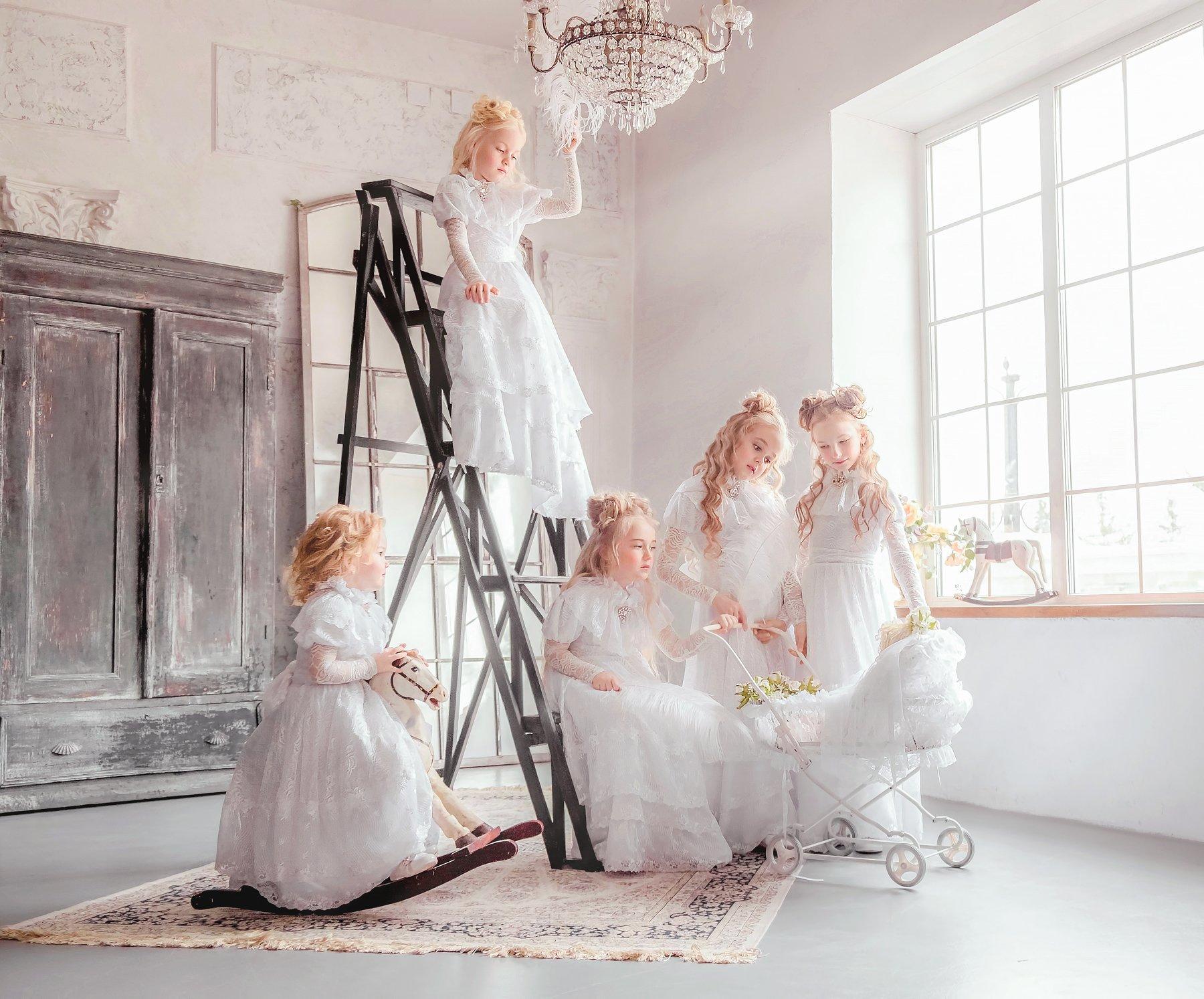 Сёстра, дети, ребёнок, аристократ, история, историческая фотосессия, исторический костюм, костюм, платье, игрушка, портрет, детская фотосессия, идеи для фотосессии, Софья Ознобихина