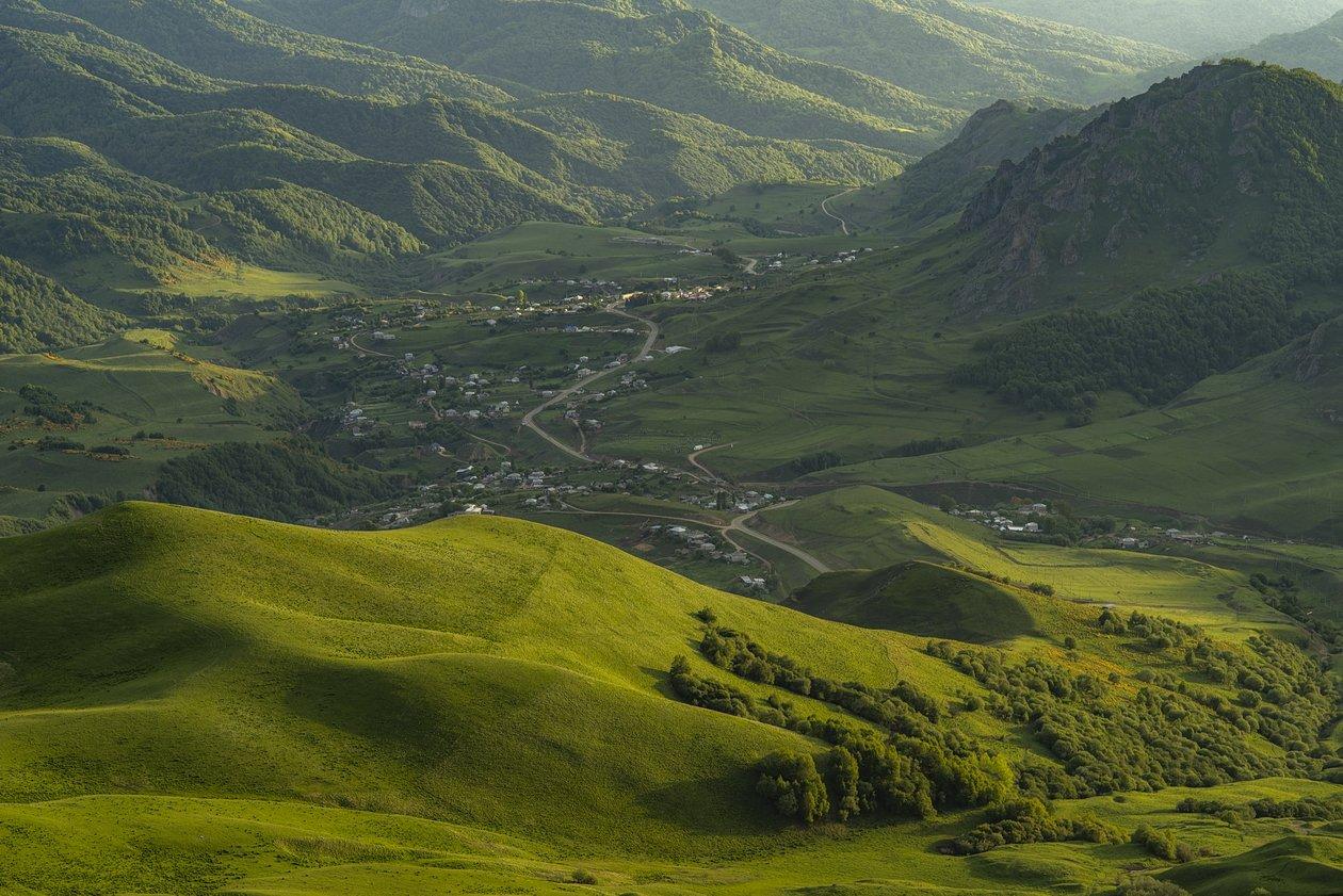 гора, рассвет, небо, плато, облака, вечер, холмы, долина, свет , трава, зелень, Алабердов Арсен