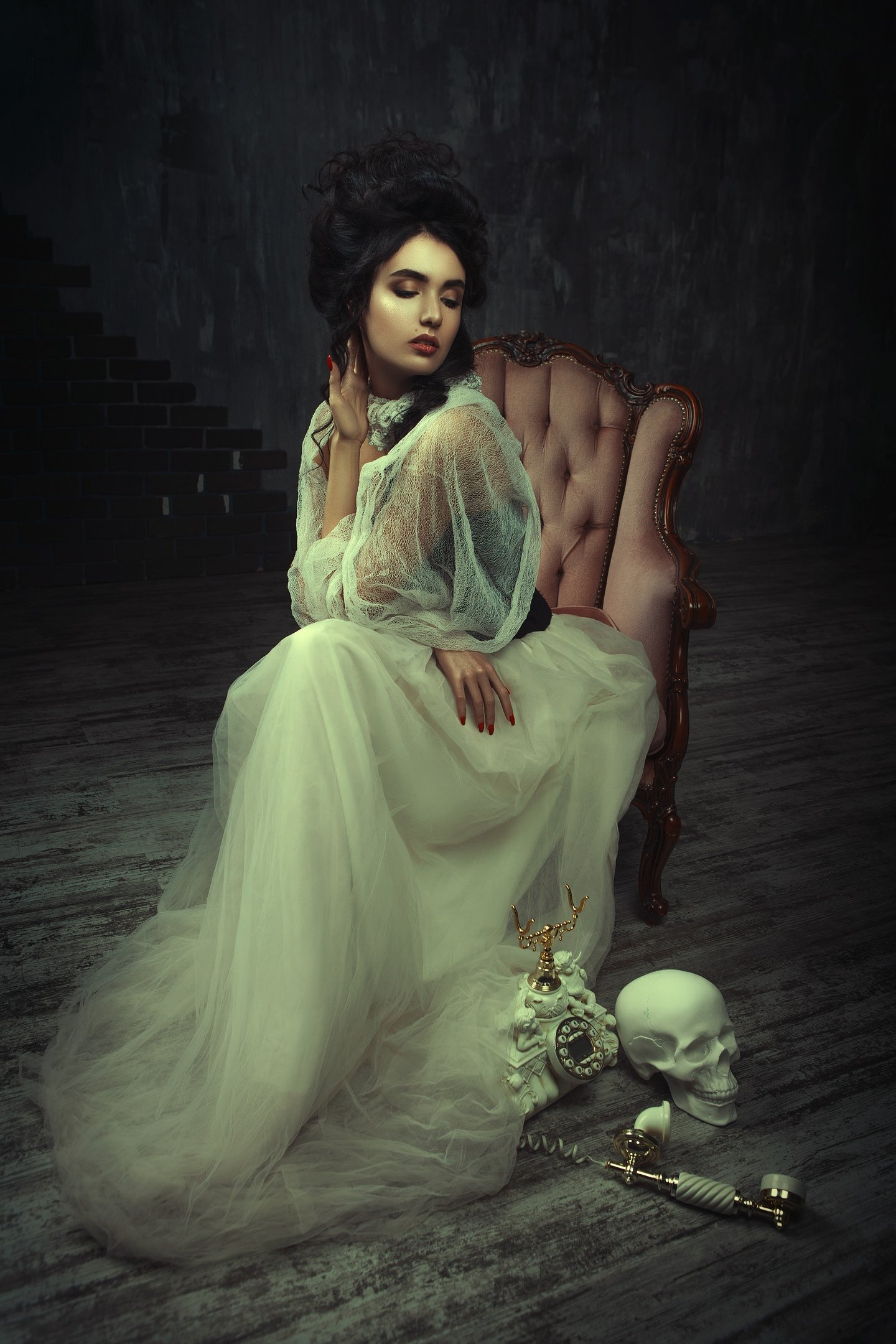 hamlet, skull, lady, fashion, dark, goth, retro, portrait, renaissance, woman, phone,, Клио Катерина