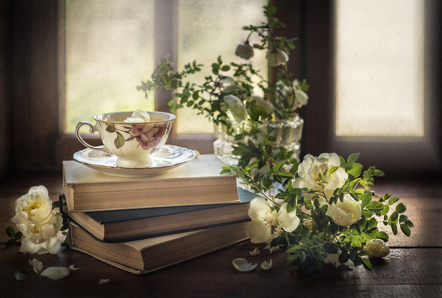 натюрморт, розы, цветы, книги, чай, окно, Ольга ЯR