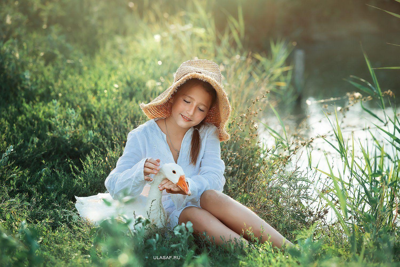 art photo, лето, summer, закат, sunset, портрет, ребенок, дети, животное, гусь, goose, people, друзья, happy, 105mm, kid, children, beautiful, magik, волшебство, Юлия Сафо