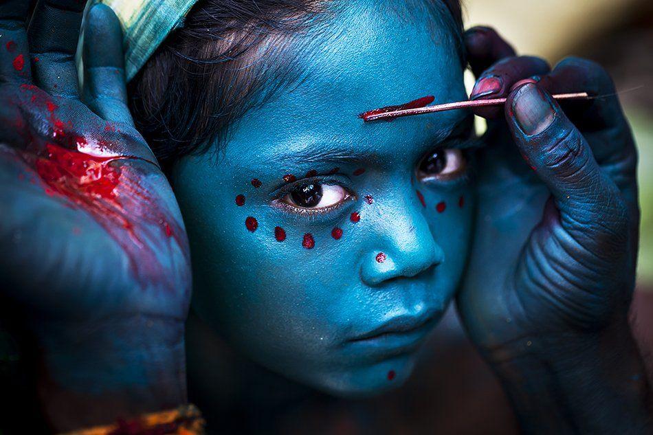 Divine Makeup. Photographer Balasubramanian Mahesh