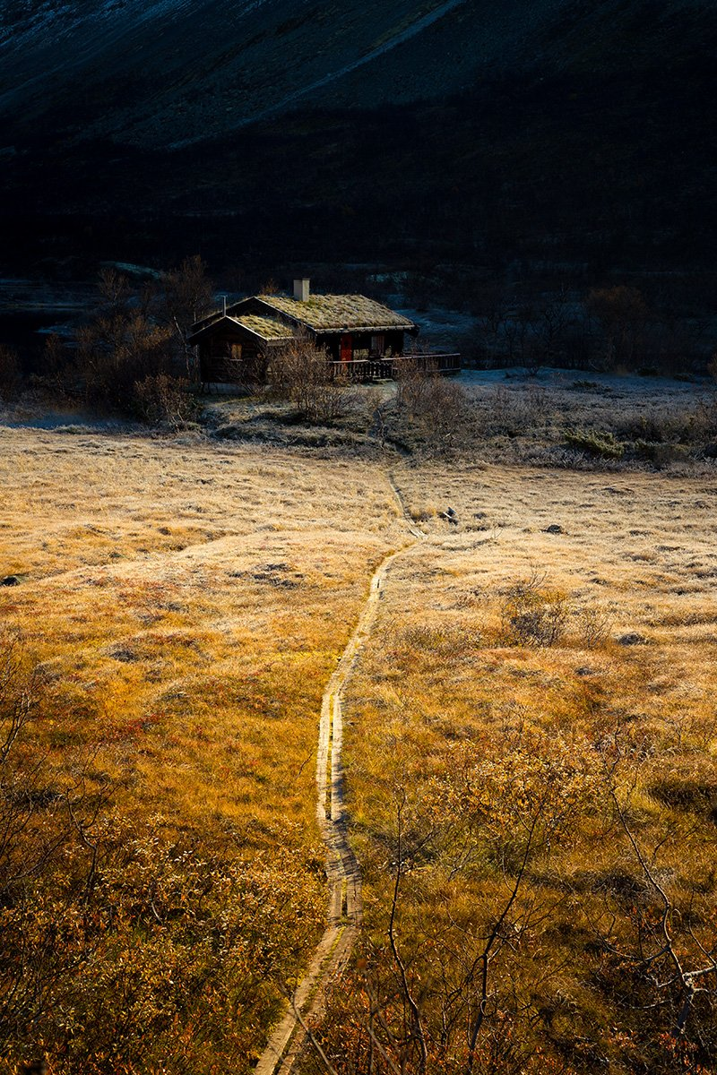 norway,norwegian,mountains,trollheimen,cabin,wooden cabin,autumn,frost,morning,sunrise,, Szatewicz Adrian