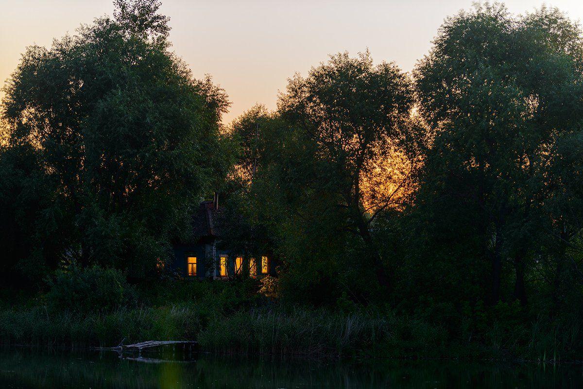 ночь, озеро, дом, Владислав Никишин
