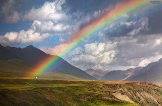 Бесспорно, одним из красивейших горных районов наших окрестностей является соседняя страна Киргизия.  Южный регион этой страны особенно впечатляет живописными местами и их масштабами. Этим летом мы отправились в очередное путешествие по Нарынской области, немного изменив обычный маршрут.
