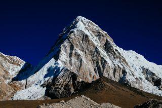 Пумори и Кала-Патхар, 7161 м