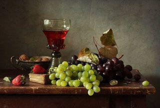 виноград и клубника