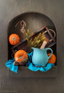 Кухонный натюрморт с тыквами