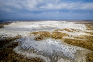 Наибольший интерес представляет Мойынкум – песчаная пустыня на территории Жамбылской и Южно-Казахстанской (ныне Туркестанской) областей Казахстана