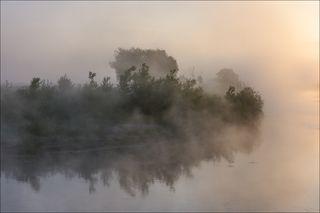 Восход на речке