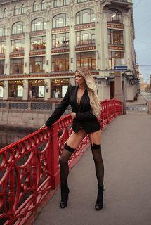 https://www.instagram.com/anna_tukacheva/