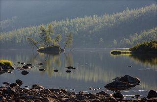 Утро на озере Хариусов