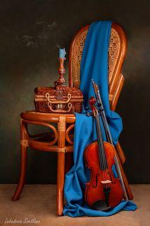 Натюрморт со скрипкой и свечой