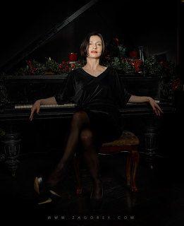 Woman pianist