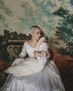 Photo: @photo_gergert MUA: @sasha.sheyanova Access: @Angelika_maralova Model: @Loseva_energy