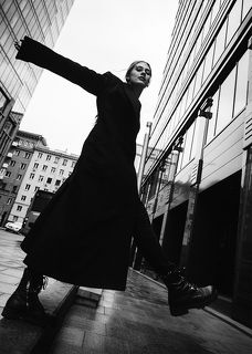фото: Марина Щеглова в кадре: Саша Москалева  #sheglovaphoto #фотографмаринащеглова #bnw #чернобелоефото #bnwphotography #portrait #portraitphotography #art #nikonrussia #nikon #moscow