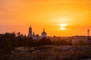 03 ... над Преображенской и Никольской церквями, расположенными в селе Погост