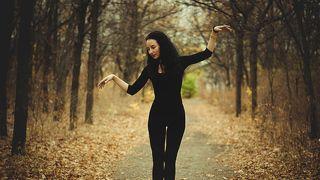 Не надо печалиться, когда усталость владеет телом; дух всегда свободен.