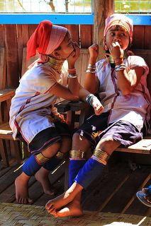 Девочки из племени падаунов