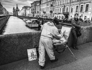 painting on the Griboyedov Canal...