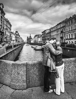 loving on the Griboyedov Canal...