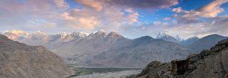 Вид на Гиндукуш со стороны Таджикистана