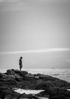 Отец высматривает судно
