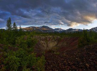 Кратер вулкана Перетолчина.
