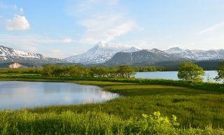 Озера у вулкана Камбальный Закат на кордоне Травяной в Южно-Камчатском заказнике