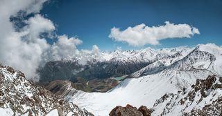 Горы Заилийского Алатау. Большое Алматинское озеро.