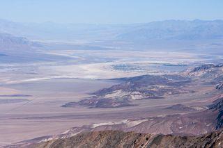Badwater - впадина в Долине Смерти на территории штата Калифорния, США.