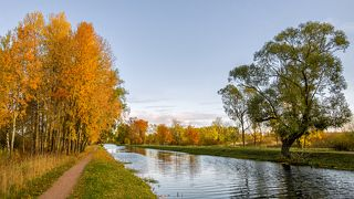 Вдоль Старопетергофского канала