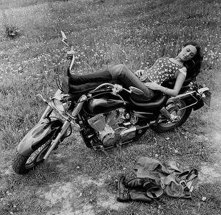 Хозяйка мотоцикла