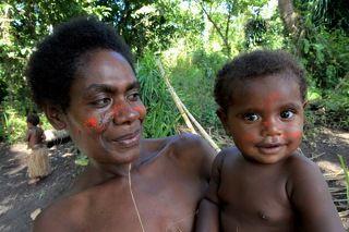 мама и дочка с острова Танна, Вануату, Новые Гибриды