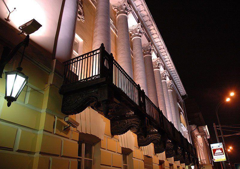 Москва, арихитектура, ночной город Никитский бульварphoto preview