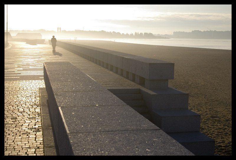 туман, море, свет, город туман и солнцеphoto preview