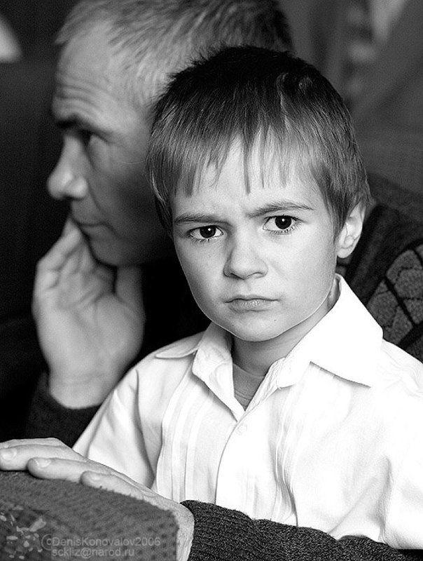 ребёнок, взгляд, взрослый взрослый портретphoto preview