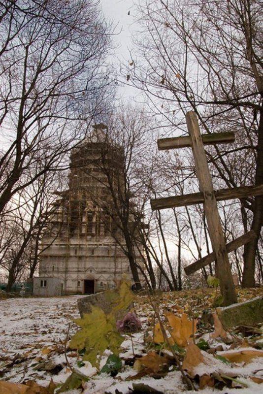 Москва, Коломенское, храм, возрождение, осень, mju Позднее возрождениеphoto preview