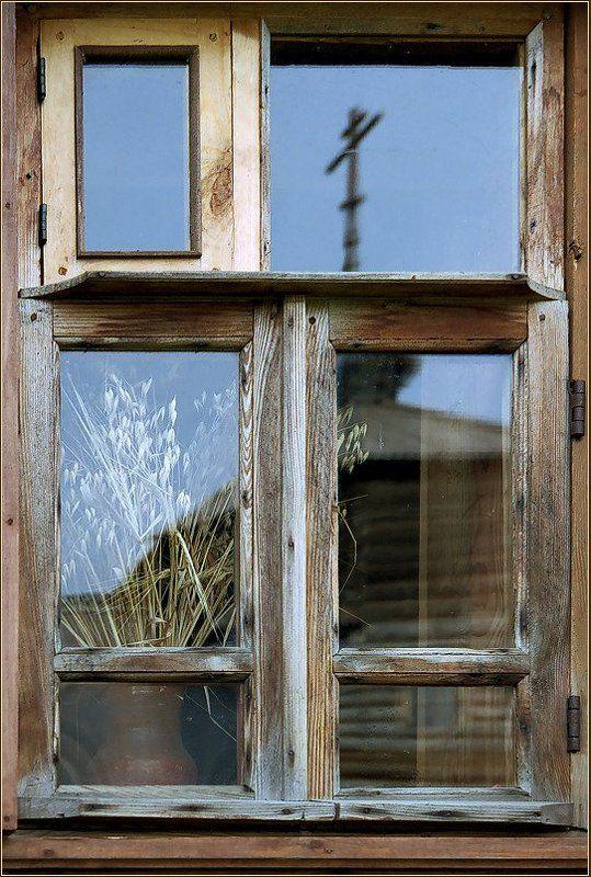 Суздаль, церковь, отражение Отражение прошлогоphoto preview