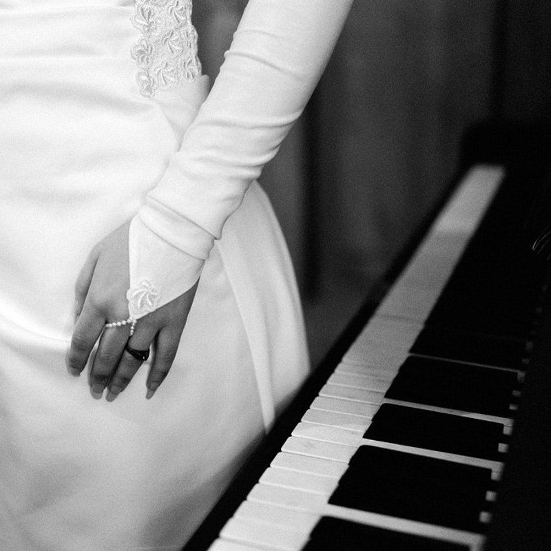 пианино рука Пианиноphoto preview