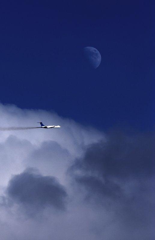 самолет, луна \