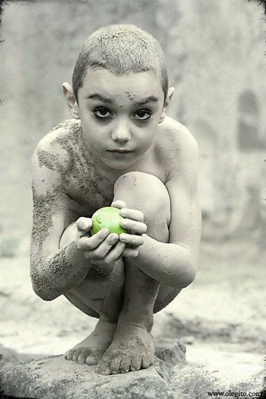дитя и последний плод Микаин и последний плодphoto preview