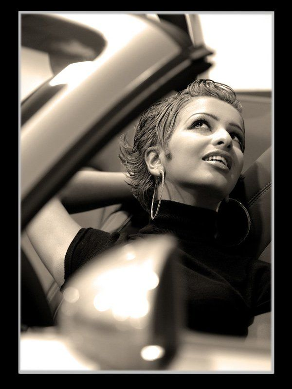 designers Qout Al-Qloop in the car.The young generation of Kuwait.photo preview