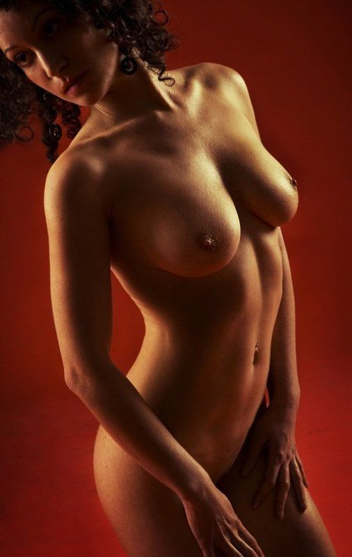 nude woman feminine Mayte on Redphoto preview