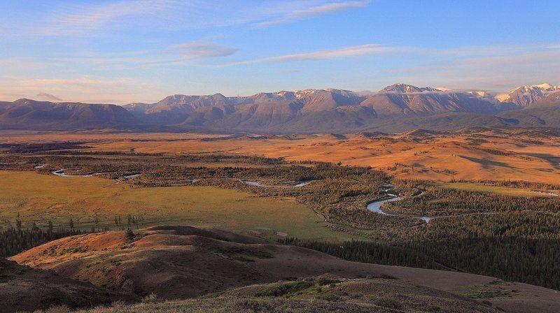алтай, пейзаж, природа, горы, река, рассвет, дымка, река, долина Утро в горахphoto preview