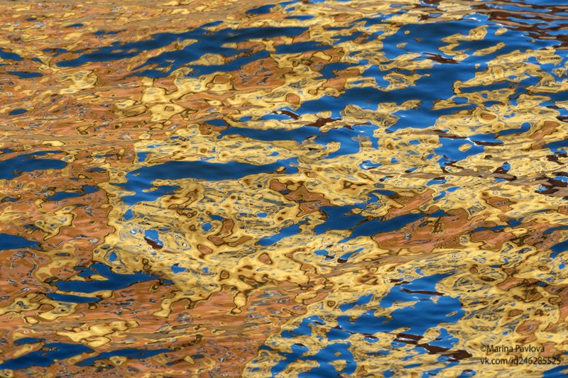 акваграфика, акваабстракция, абстракция, отражения на воде, канал грибоедова,санкт-петербург, город Осенняя акваграфикаphoto preview