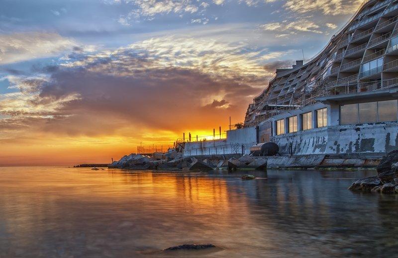 море,вечер,здание,камни,закат Крымский вечер.photo preview