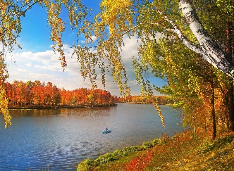 Октябрь уж наступил. Дохнул осенний  хлад…photo preview